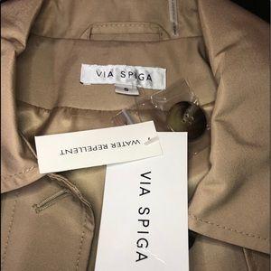 VIA SPIGA water repellent trench coat.